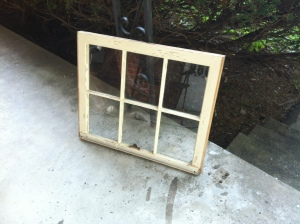 Distressed Window Pane - DIY